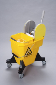 20_litre_mobile_bucket_10_litre_small_bucket_max_450_wringer_combo